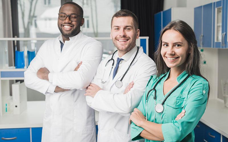 image de personnels de santé